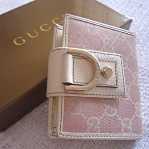 Gucci GG Pink Abbey D-ring Wallet