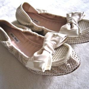 Miu Miu Ivory Leather Ballet Bow Flats