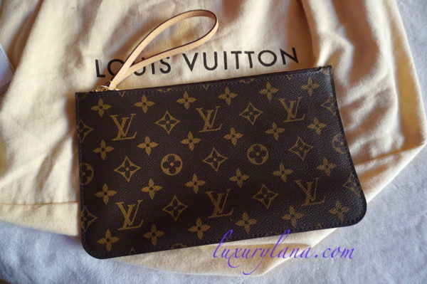 New w/ Tags Louis Vuitton Monogram Neverfull Pochette Clutch