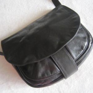 Vera Pelle Saumur Black Leather Crossbody Bag